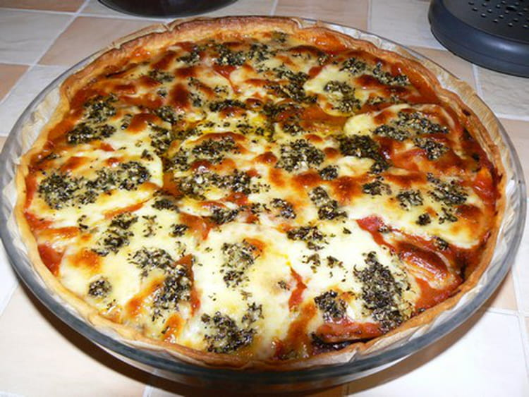 recette de tarte italienne au jambon cru aubergine et mozzarella la recette facile. Black Bedroom Furniture Sets. Home Design Ideas