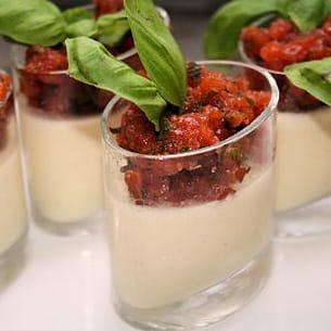 panna cotta d'asperges et sa gelée de tomates