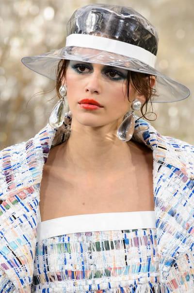 Chanel (Close Up) - photo 2