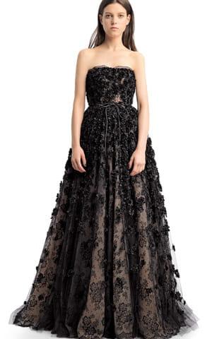 la robe noire de valentino donna