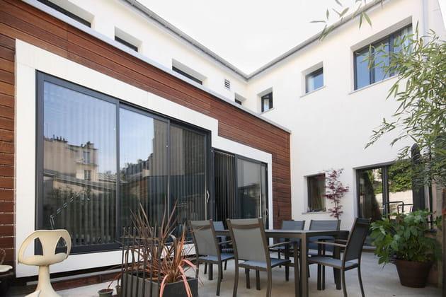 Une maison à l'architecture contemporaine