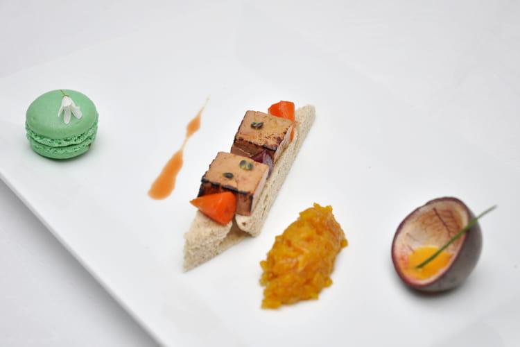 Tartine de foie gras caramélisé et son mini-potager à l'orange