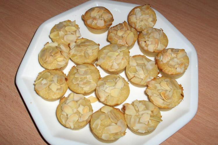 Mini muffins poire-amande