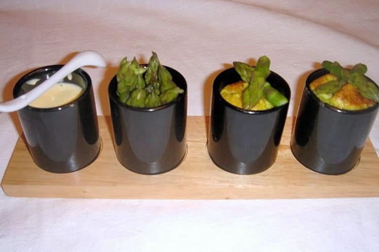 Flans d'asperge, sauce hollandaise