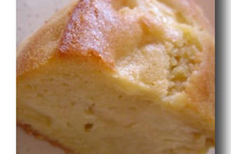 Cake aux pommes en madeleine