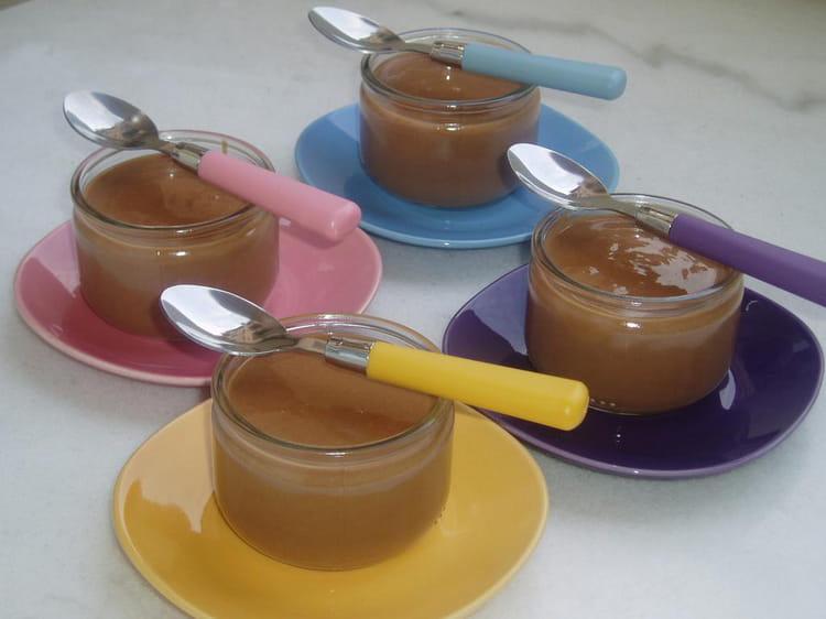 Recette De Petits Pots De Creme Au Chocolat Au Lait La Recette Facile