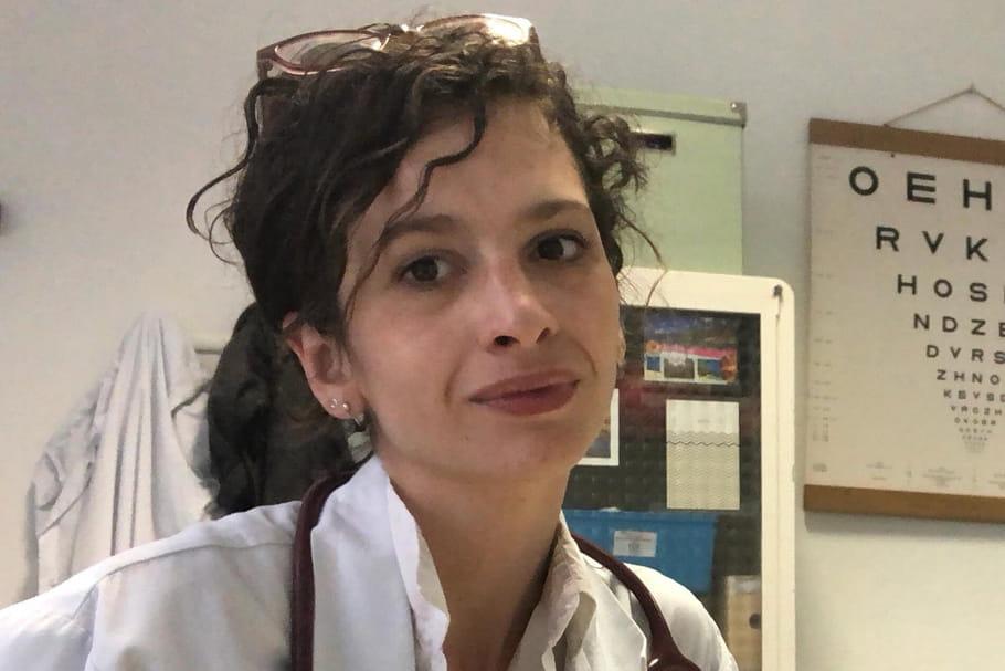 "Sabrina Ali Benali: ""On a détruit le système hospitalier"""
