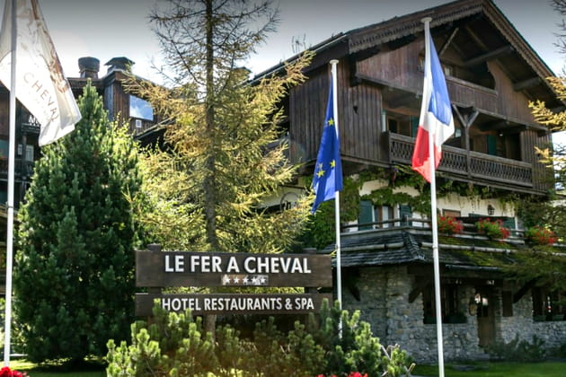 Hôtel***** Le Fer à Cheval