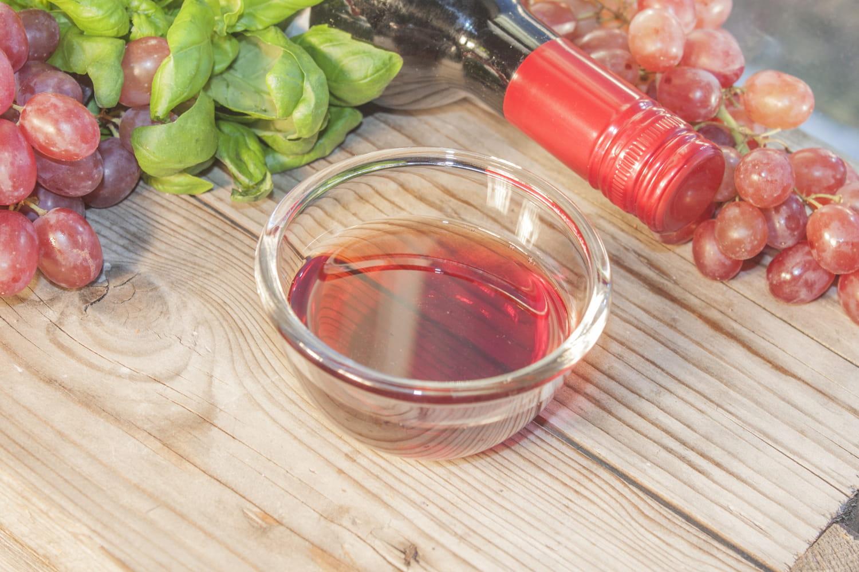 Comment faire du vinaigre de vin rapidement?