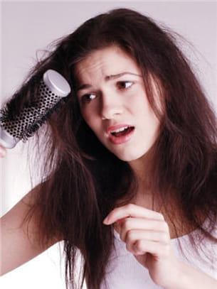 stress et cheveux ne font pas bon ménage.