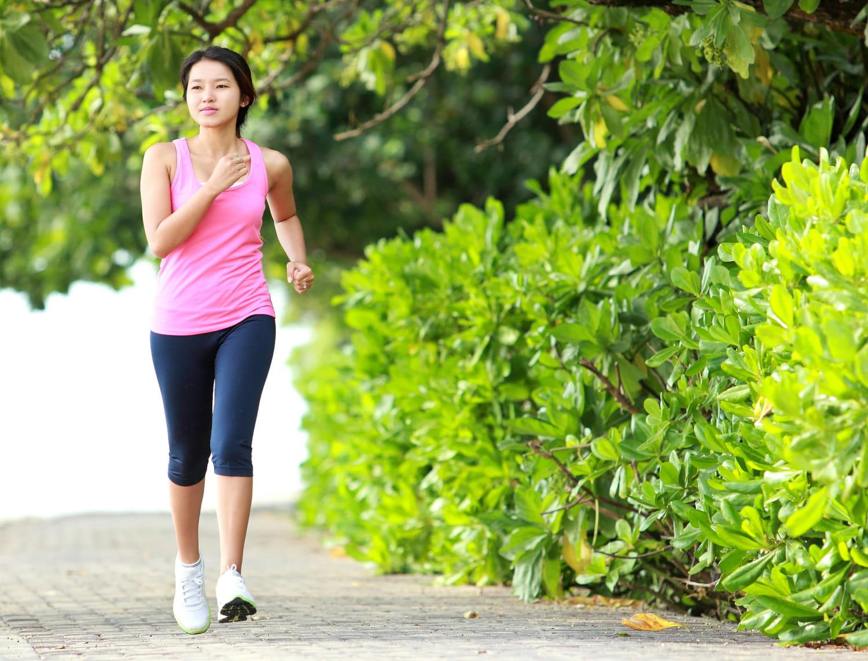 Marche rapide: bienfaits, calories, vitesse, poids