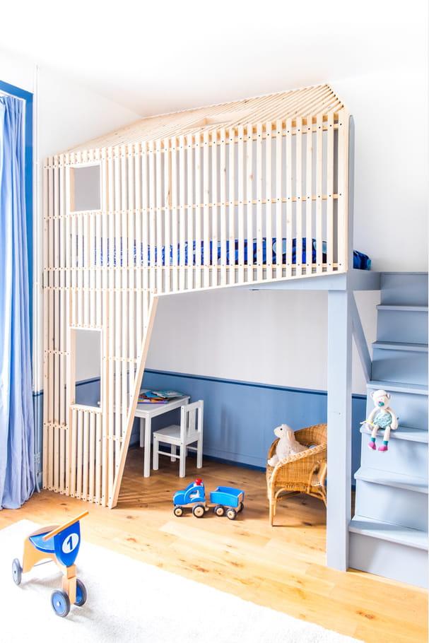 une couleur la fois marqu e et douce chambre d 39 enfant dormir dans un lit cabane journal. Black Bedroom Furniture Sets. Home Design Ideas