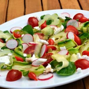 salade fraîcheur à la feta et mini poivrons