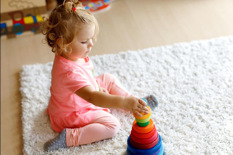 Le top des jeux Montessori pour les petits
