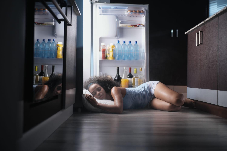 Bien dormir quand il fait chaud: astuces, techniques, que faire?
