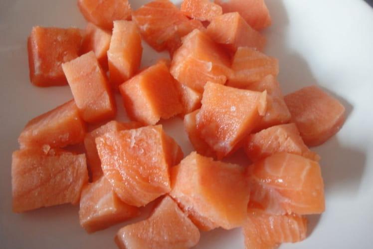 Brochettes de saumon mariné au sésame