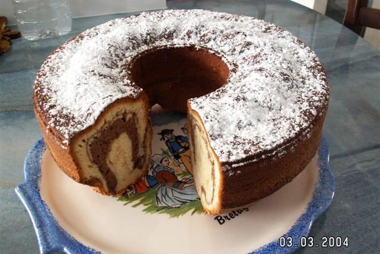 Gâteau marbré au cacao et sucre vanillé