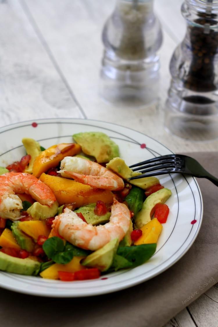recette de salade hivernale aux crevettes avocat et fruits exotiques la recette facile. Black Bedroom Furniture Sets. Home Design Ideas