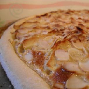 pizza aux pommes à la normande