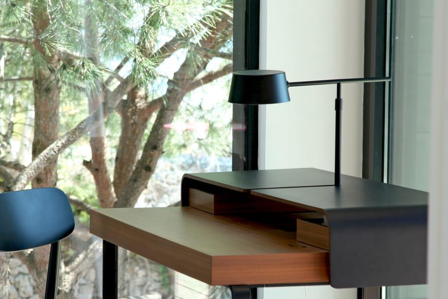 comment choisir sa lampe de bureau. Black Bedroom Furniture Sets. Home Design Ideas