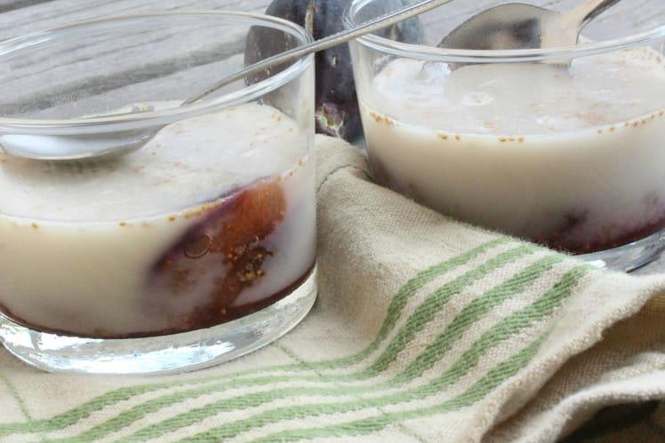 Panna Cotta aux figues du jardin et lait d'amande