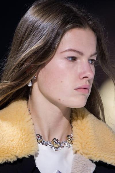 Louis Vuitton (Close Up) - Automne-Hiver 2018-2019
