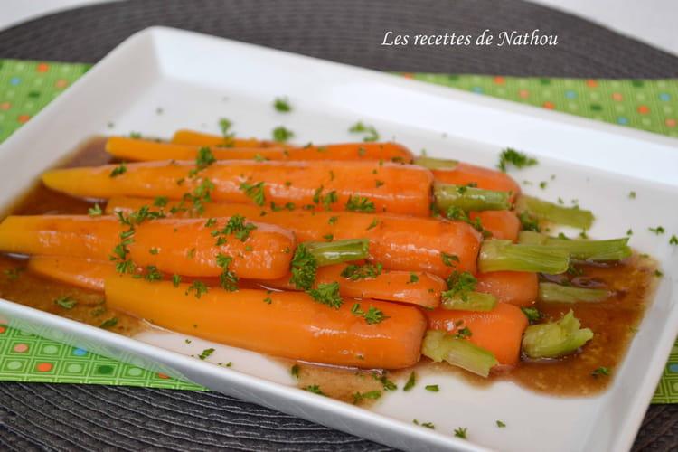 Recette de carottes fondantes sauce au vinaigre balsamique la recette facile - Cuisiner des carottes a la poele ...