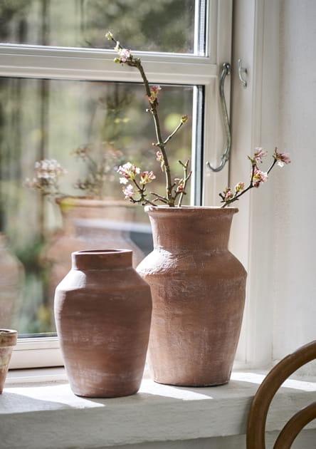 Des vases en terre cuite