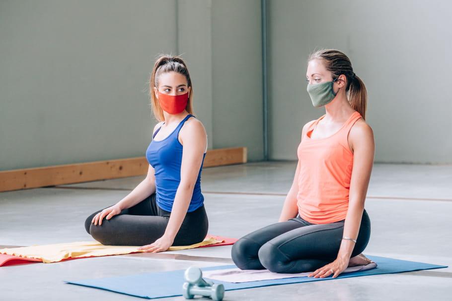 Sport et Covid-19: protocole sanitaire en salle, à l'extérieur, masque