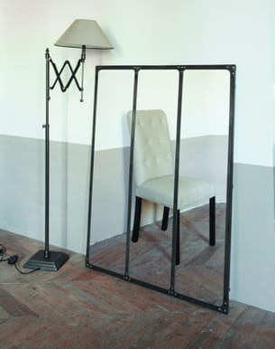 un style industriel. Black Bedroom Furniture Sets. Home Design Ideas