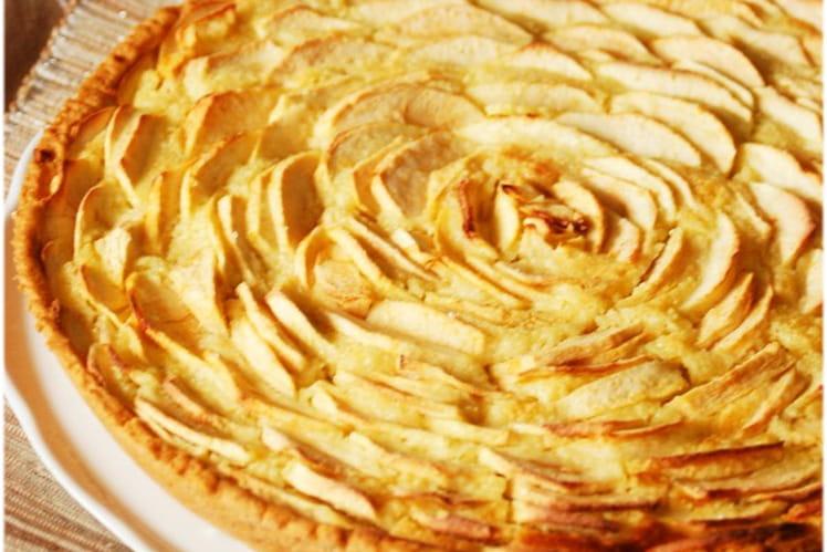Recette Tarte Aux Pommes Et Creme D Amandes Pour 8 Personnes