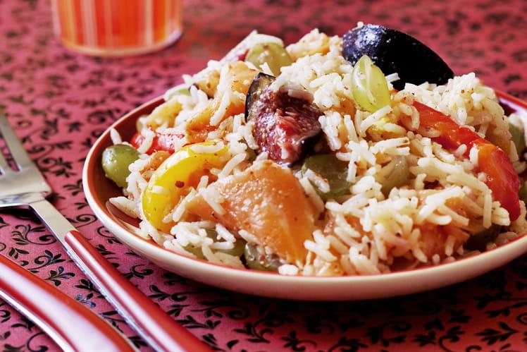 recette de salade de riz basmati au saumon et aux fruits la recette facile. Black Bedroom Furniture Sets. Home Design Ideas