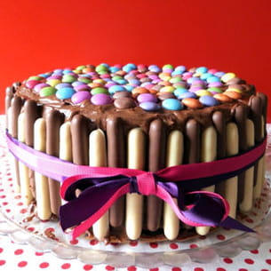 layer cake party chocolat framboise (smarties-finger)