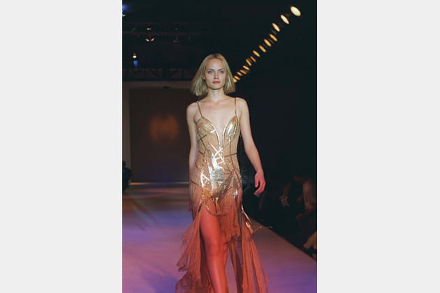 Amber Valletta le 14février 1998