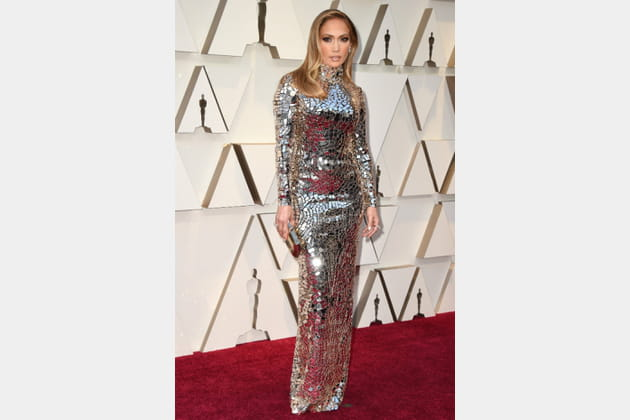 FLOP: Jennifer Lopez en robe moulante scintillante