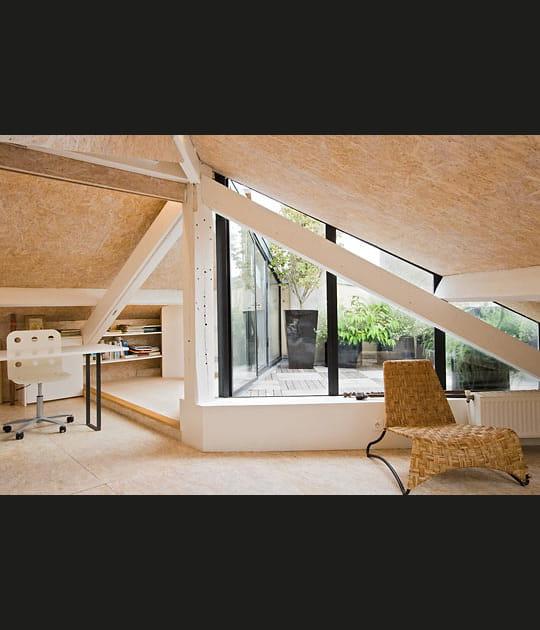 Une terrasse visible de l'intérieur