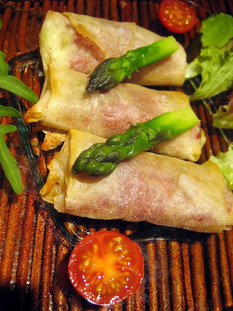 Recette de croustillants aux asperges vertes la recette - Cuisiner des asperges fraiches ...