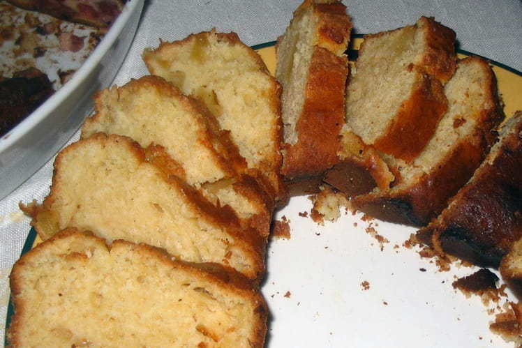 Cake à l'ananas et au sirop d'érable