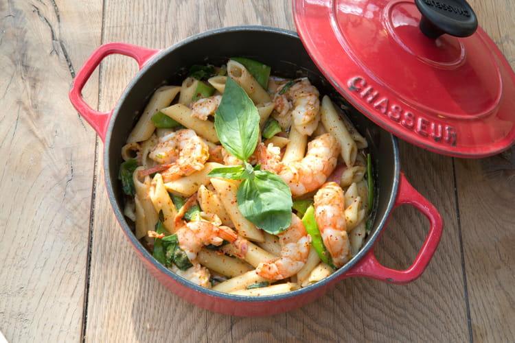 Penne aux crevettes sauvages, au chorizo et aux pois gourmands