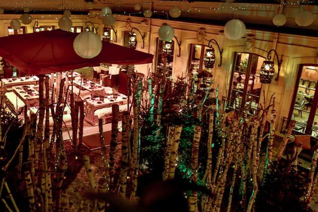 La forêt de Noël du Buddha-Bar Hôtel Paris