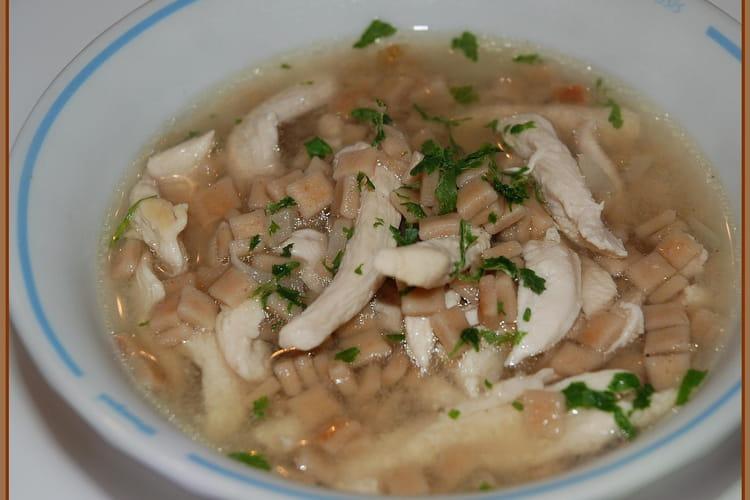 Petite soupe de poulet et crozets
