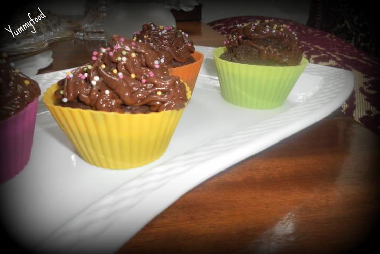 Cupcakes chocolat noir corsé coeur aux mirabelles