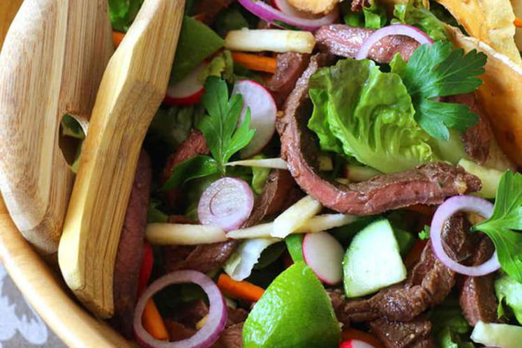 Salade thaïe boeuf épicé