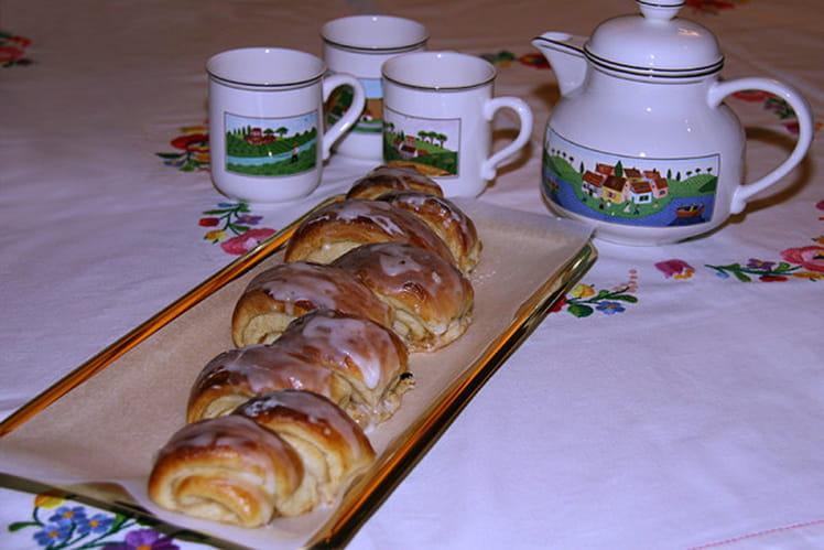 Pull Apart Bread Cinnamon Roll au sirop d'érable