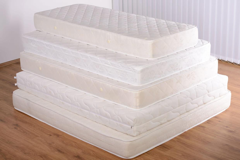 acheter son matelas en soldes profitez des promos de l 39 hiver 2018. Black Bedroom Furniture Sets. Home Design Ideas