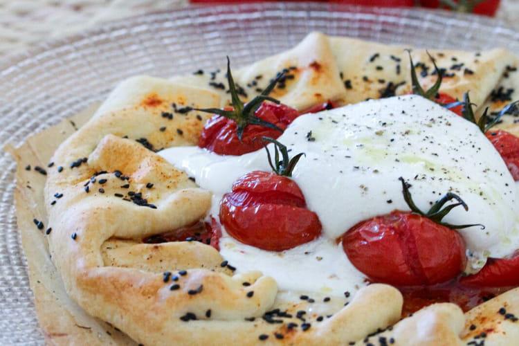 Tarte rustique tomates et burrata