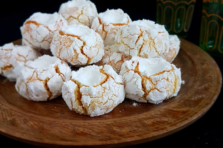 Mlowza, gâteau marocain aux amandes