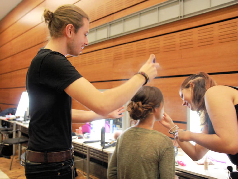 Salon du mariage au carrousel du louvre les coiffures - Salon carrousel du louvre ...
