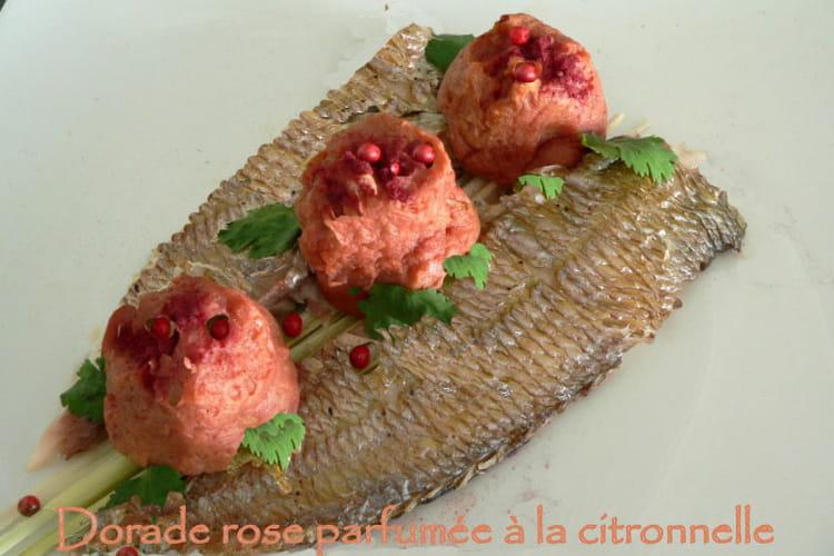 Dorade rose parfumée à la citronnelle