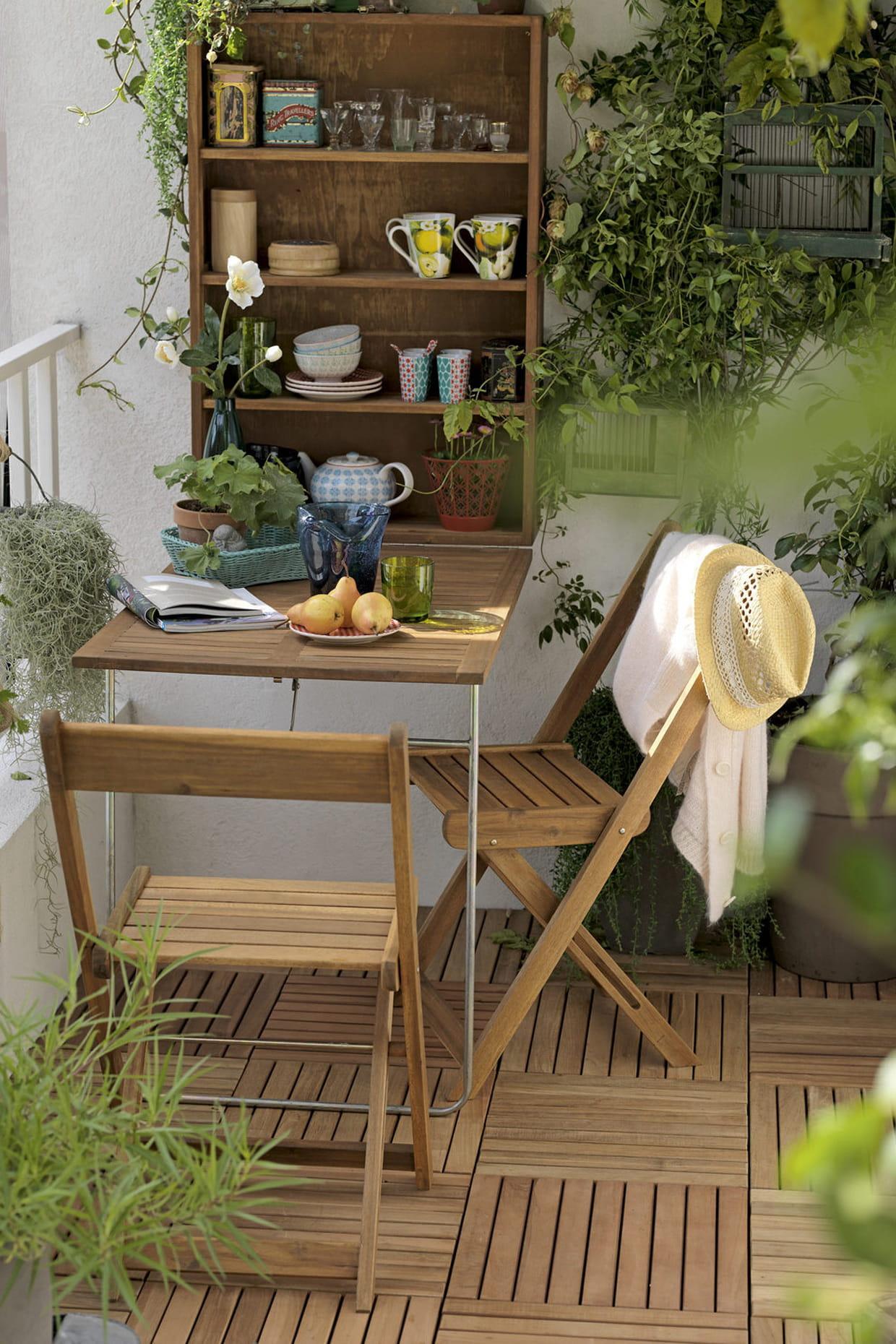 salon de balcon chez delamaison. Black Bedroom Furniture Sets. Home Design Ideas